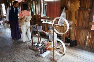 Hand-spinning silk